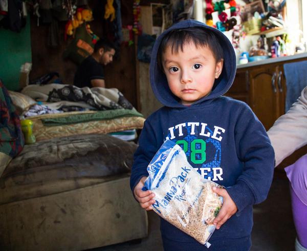 42% de la población en México no puede comprar canasta básica