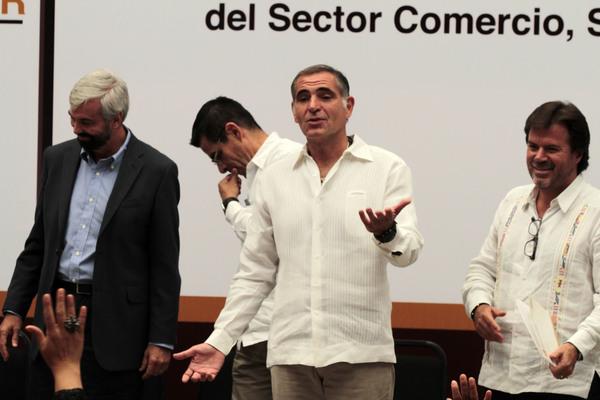 Inflan 437 por ciento costo de baño en Guelaguetza