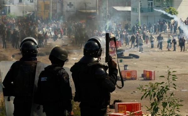 Se solidarizan jóvenes con Oaxaca