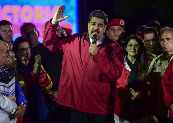 El gobierno de Donald Trump sanciona a Nicolás Maduro y lo llama dictador