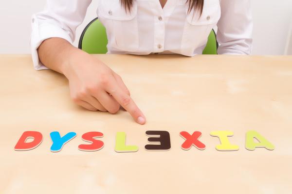 Científicos hallan una posible causa de la dislexia