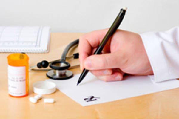 Buscan más consulta en farmacias que en hospitales:  Colegio de Médicos