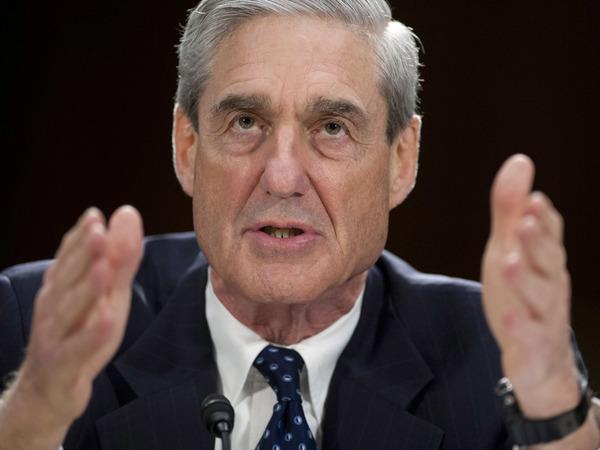 Exdirector de FBI investigará nexos de Trump y Rusia