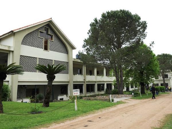 Denuncian a sacerdote por abuso de 14 menores en colegios de Chile