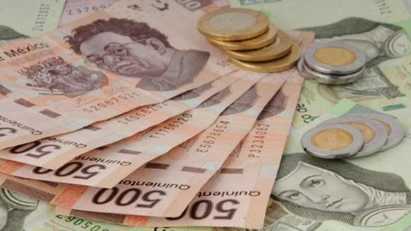 """El peso mexicano, un """"problema"""" para inversionistas extranjeros"""
