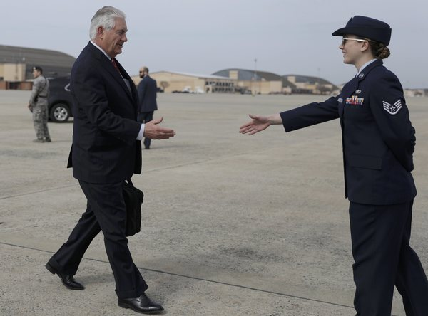 Llega a México secretario de Estado de EE.UU.