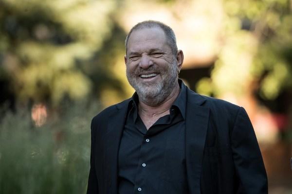Magnate de Hollywood toma licencia tras señalamientos de acoso