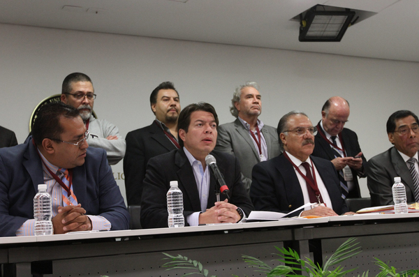 """Protestan en San Lázaro ante posible aprobación de """"Ley Ficrea"""""""