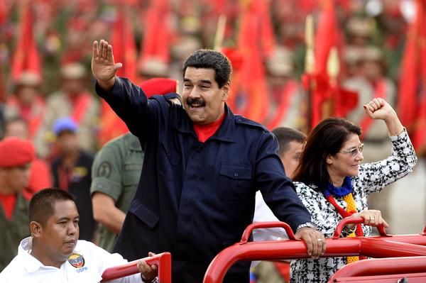 """España, ¿el nuevo """"chivo expiatorio"""" de Nicolás Maduro?"""