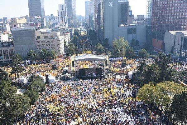 Continúan en México las marchas contra el gasolinazo