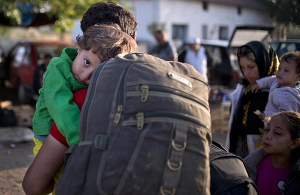 Neonazis griegos aprovechan crisis migratoria para fortalecerse