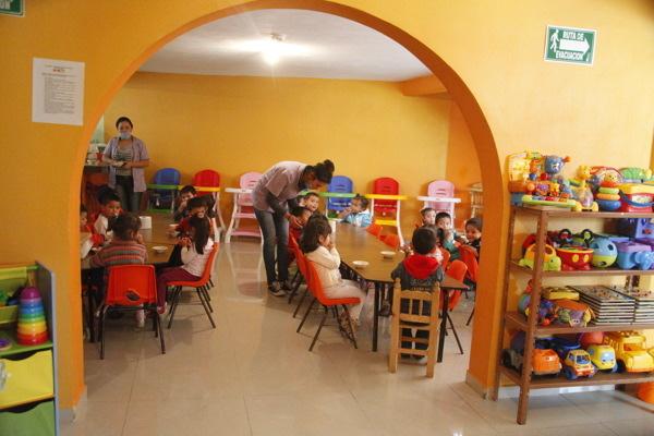 Atienden estancias infantiles a padres solteros