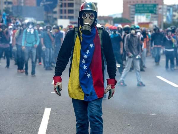 """Ven posibles """"crímenes contra la humanidad"""" en Venezuela"""