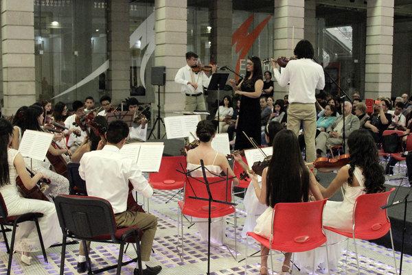 Presentan CEM y Camerata de Chihuahua concierto con música de Bach