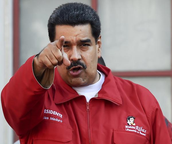 Maduro amenaza con cárcel a los jueces de la oposición