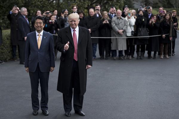 EE.UU. y Japón refuerzan relación comercial y alertan a China