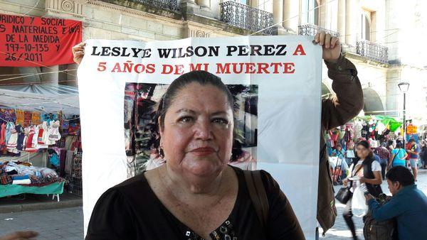 Madre exige justicia a 5 años de la muerte de su hija Leslye Wilson