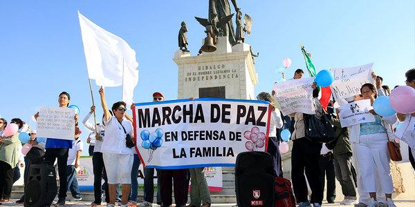Marcha contra matrimonios entre personas del mismo sexo