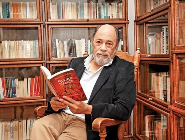 Jorge Aguliar Mora gana Premio Villaurrutia