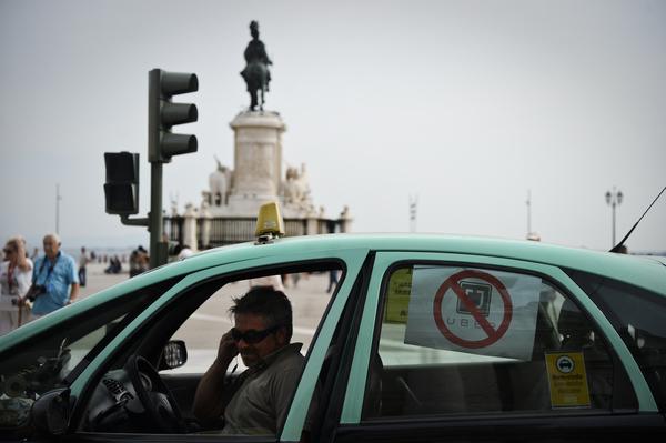 Chofer de Uber, condenado a cadena perpetua por violación en India