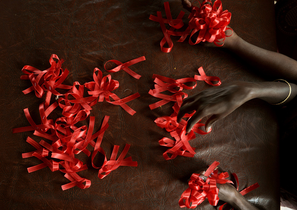 Muertes relacionadas con el sida se reducen a la mitad desde 2005