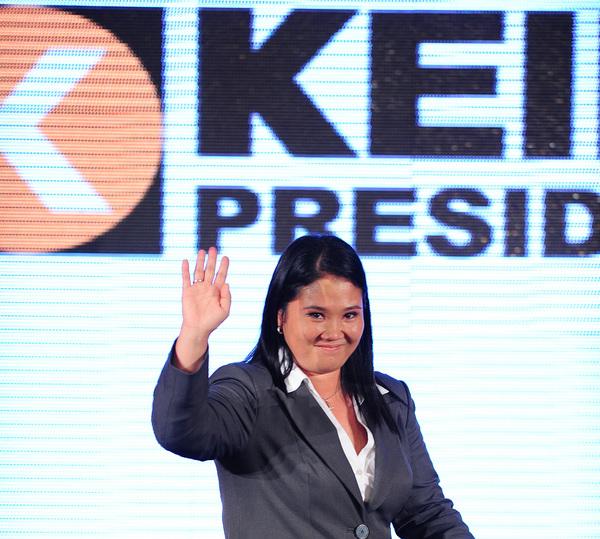 "Keiko Fujimori deberá ""matar al padre"" para ganar en Perú"