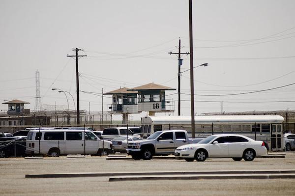 La verdad de lo que sucede dentro de las prisiones de EE.UU.