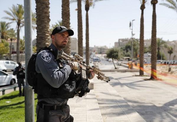 """Arrestan a un palestino en Israel tras publicar """"buenos días"""" en Facebook"""