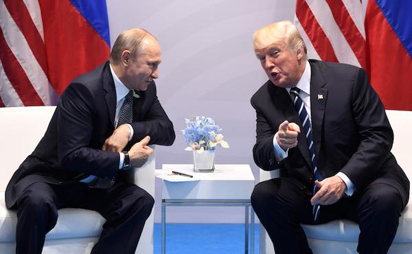 """Relaciones entre EE.UU. y Rusia en un """"muy peligroso"""" bajo nivel"""