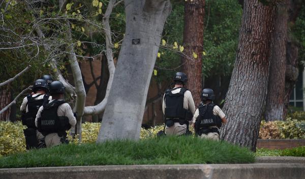 Tiroteo en Universidad de Los Angeles fue asesinato-suicidio