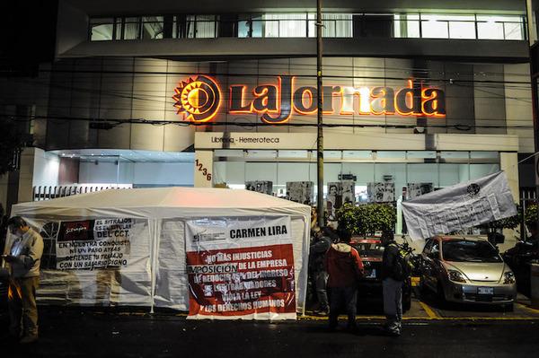 Brota conflicto laboral en el diario mexicano La Jornada