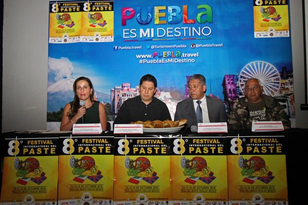 Promocionan en Puebla Festival del Paste