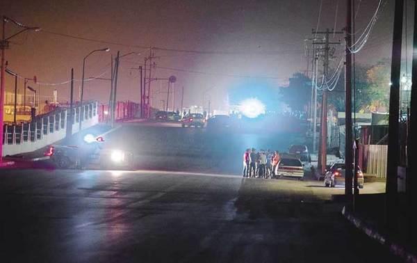 'Rápidos y furiosos' clandestinos corren por calles de Juárez