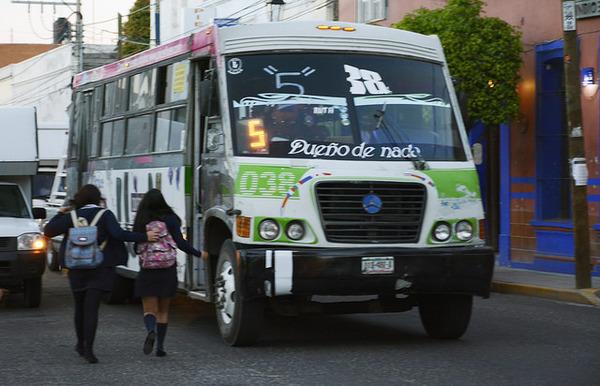 Reducirán a 8 concesiones servicio de camiones urbanos