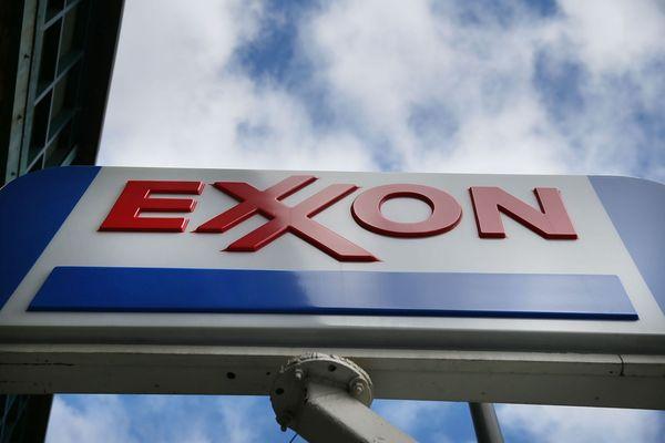 ExxonMobil pide a Trump respetar acuerdos sobre clima