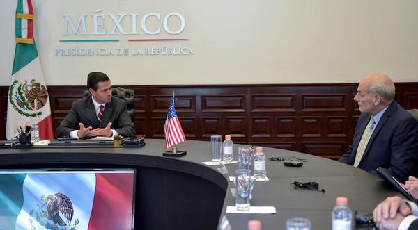 Peña Nieto y Kelly acuerdan ir juntos contra crimen organizado