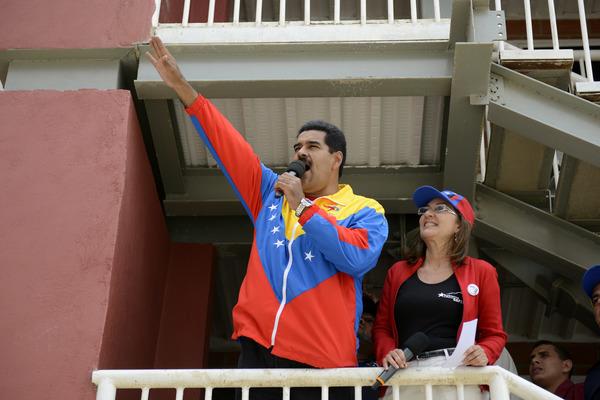 Nicolás Maduro aumenta 60 por ciento el salario mínimo