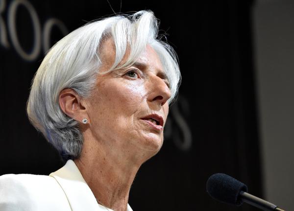FMI vuelve a recortar proyección de crecimiento para México
